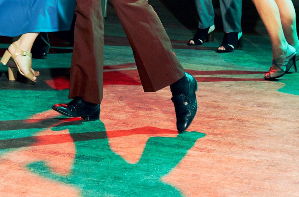 le freak dancing feet